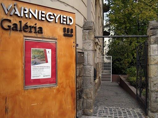 varnegyed_galeria_face