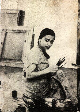 Amrita_Sher-Gil_in_her_studio_in_Shimla,_1937