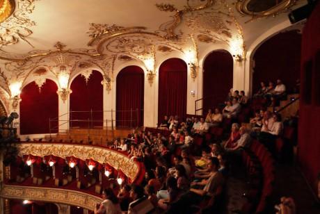 kecskemét színház
