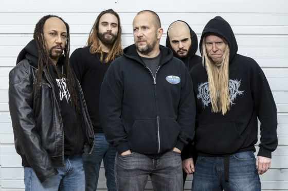 Suffocation2017a_560