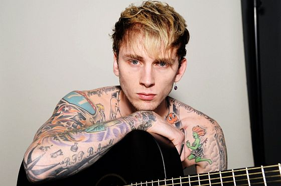 MachineGunKelly_560
